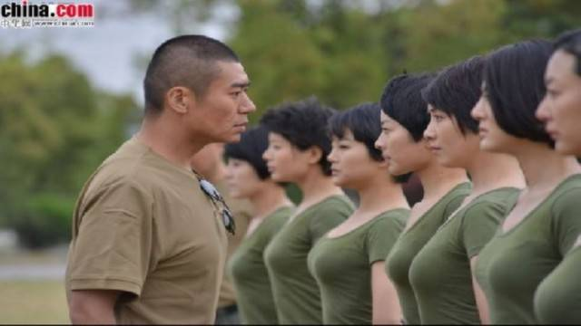 female-soldiers-pla-3